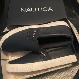Nautica slides